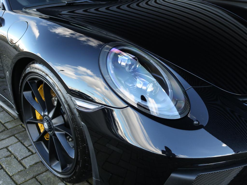 Porsche 911 GT3 Touring Package Victoria Verstappen (13)