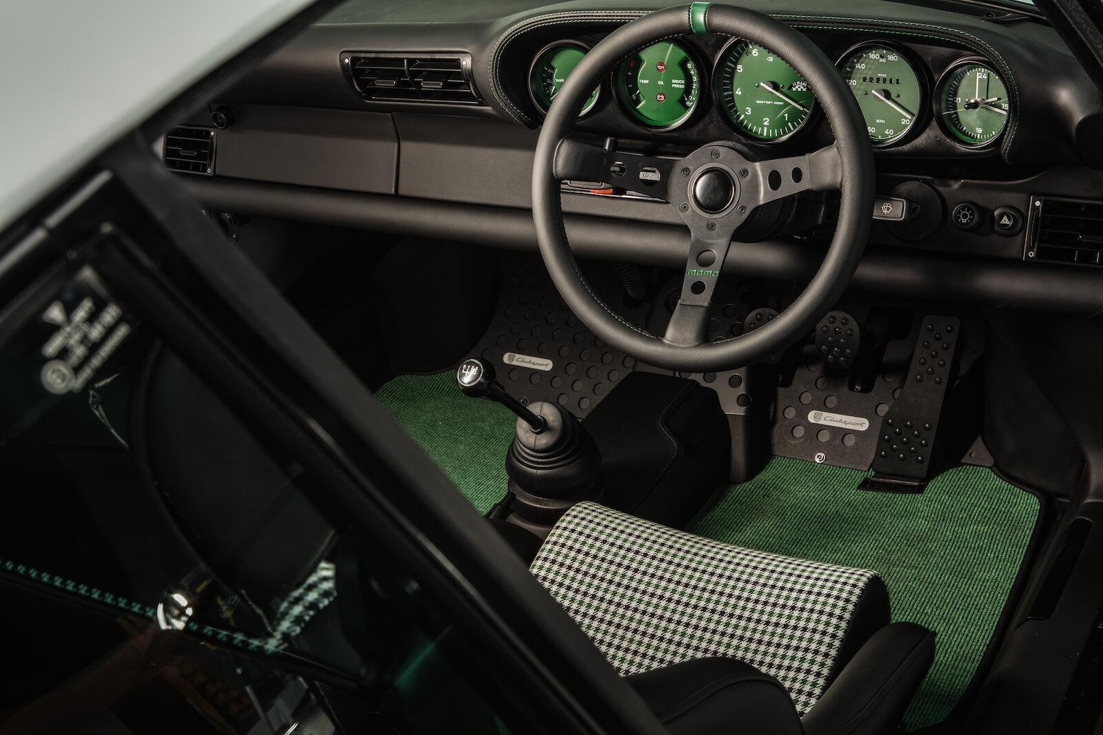 Porsche 911 Le Mans Classic Clubsport by Paul Stephens (11)