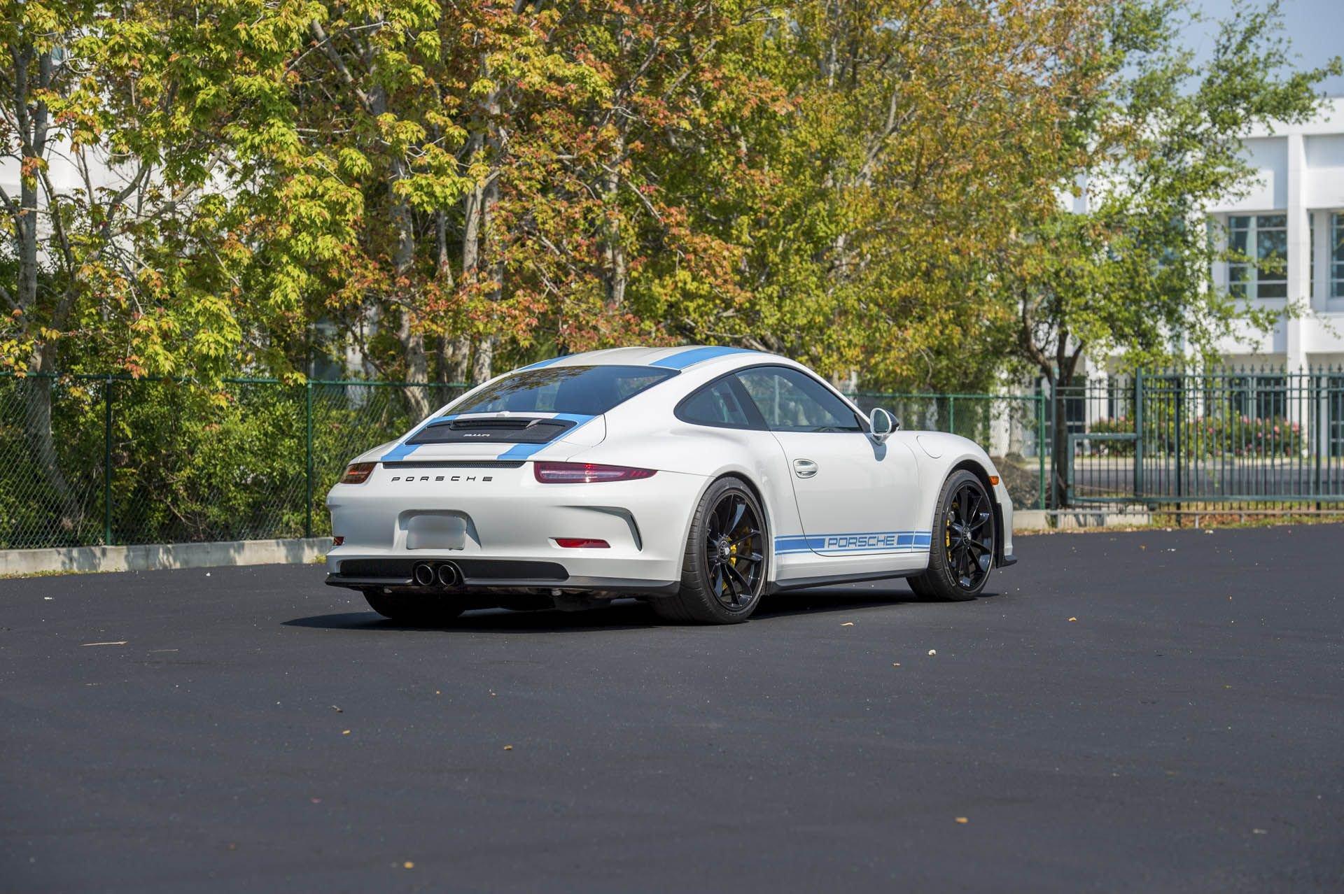 Porsche_911_R_for_sale_0001