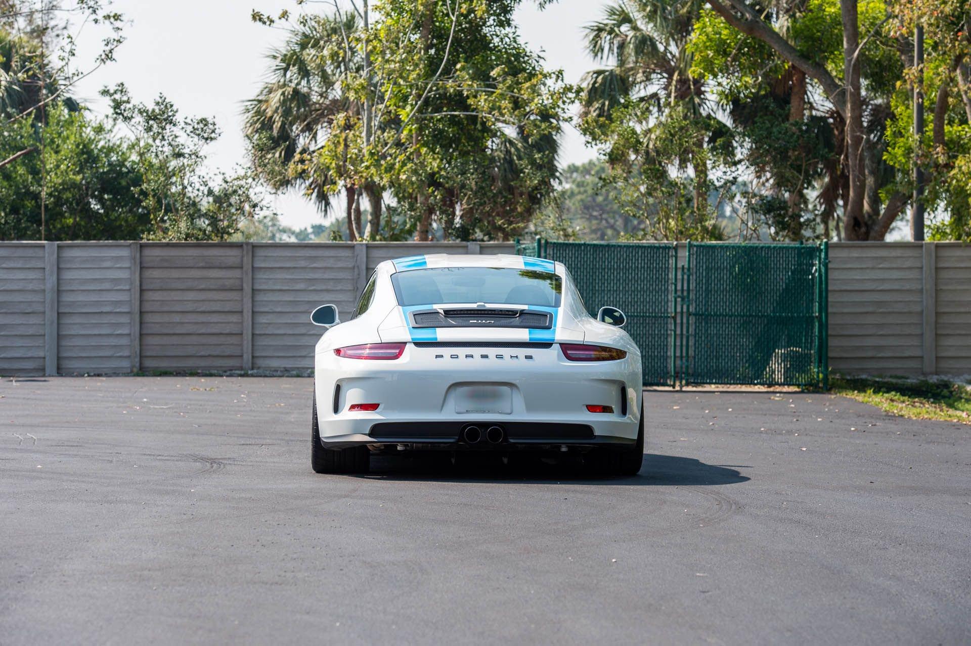 Porsche_911_R_for_sale_0009