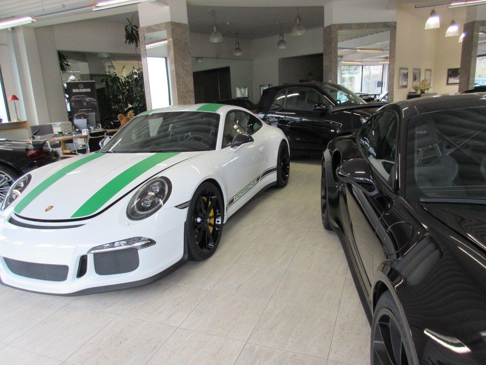 Porsche_911_R_for_sale_0031