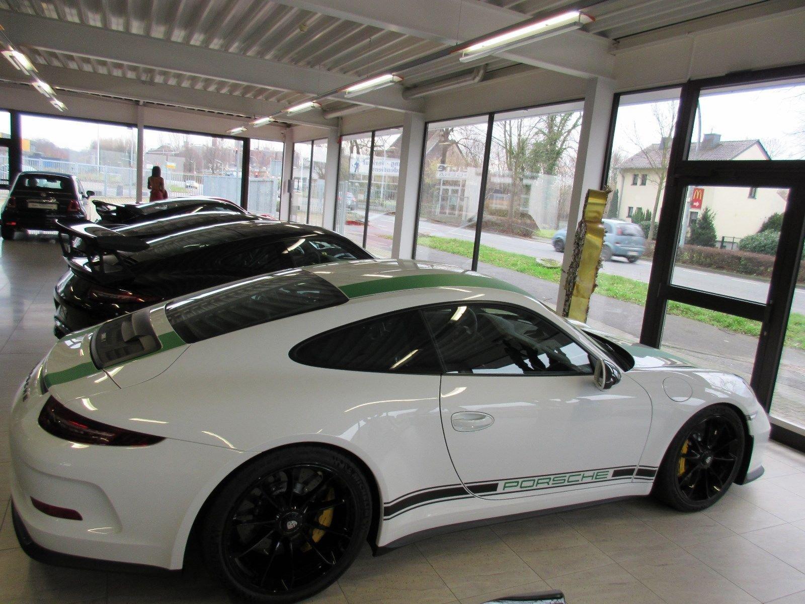Porsche_911_R_for_sale_0032