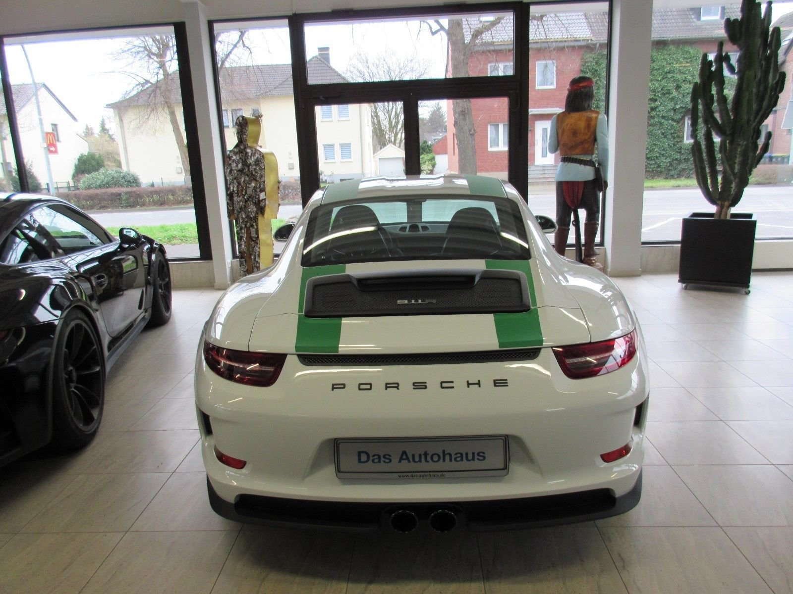 Porsche_911_R_for_sale_0033