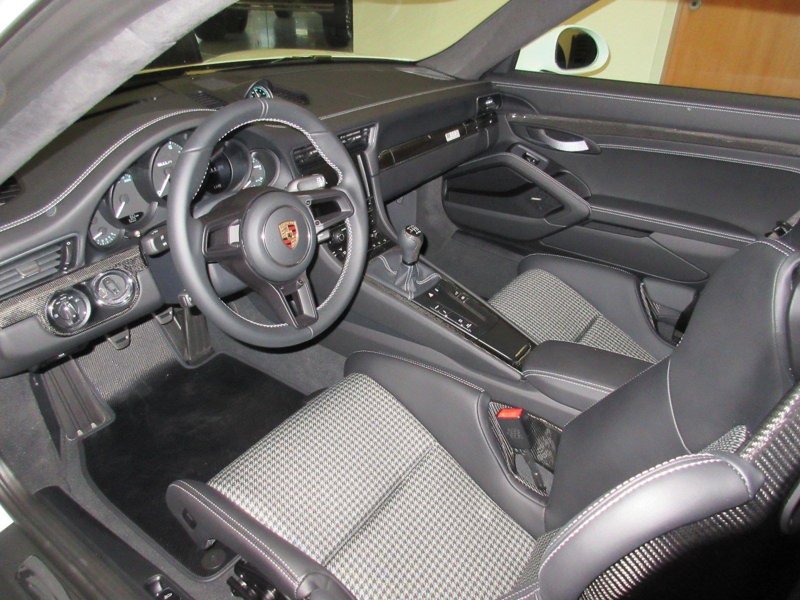 Porsche_911_R_for_sale_0035