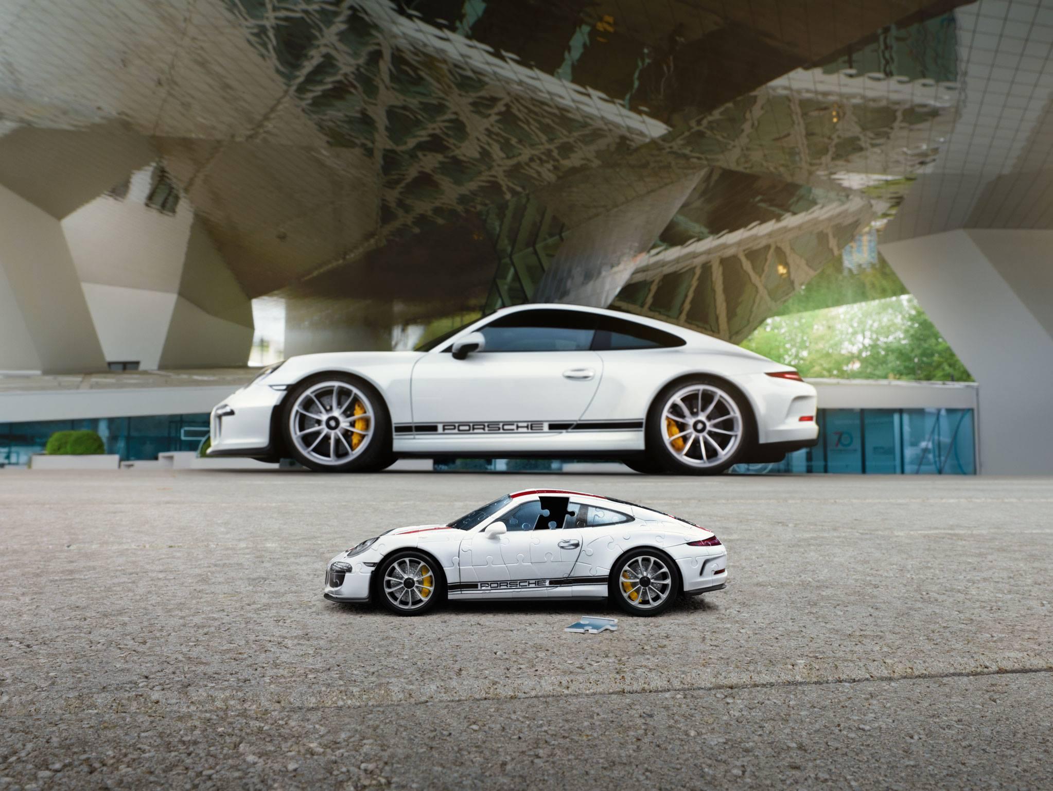 Porsche 911 R puzzle (3)