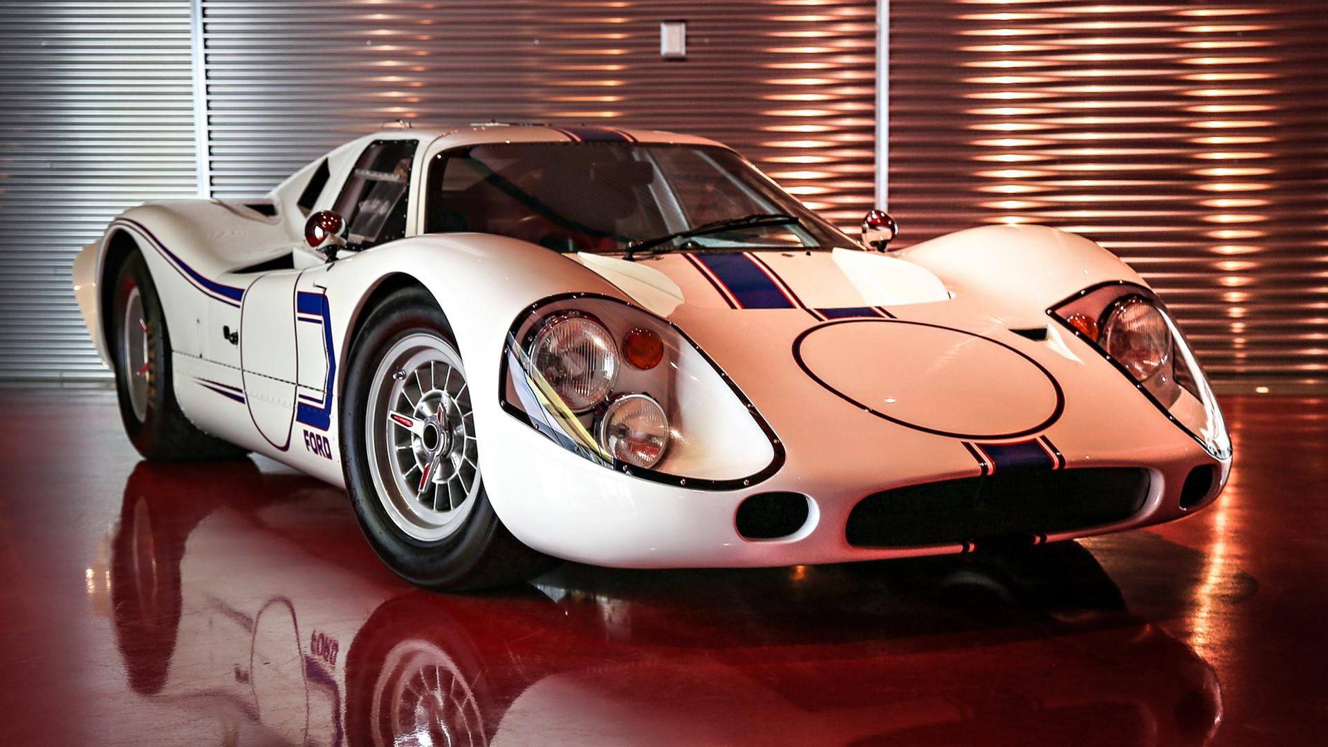 1967-ford-gt40-mk-iv-009-1