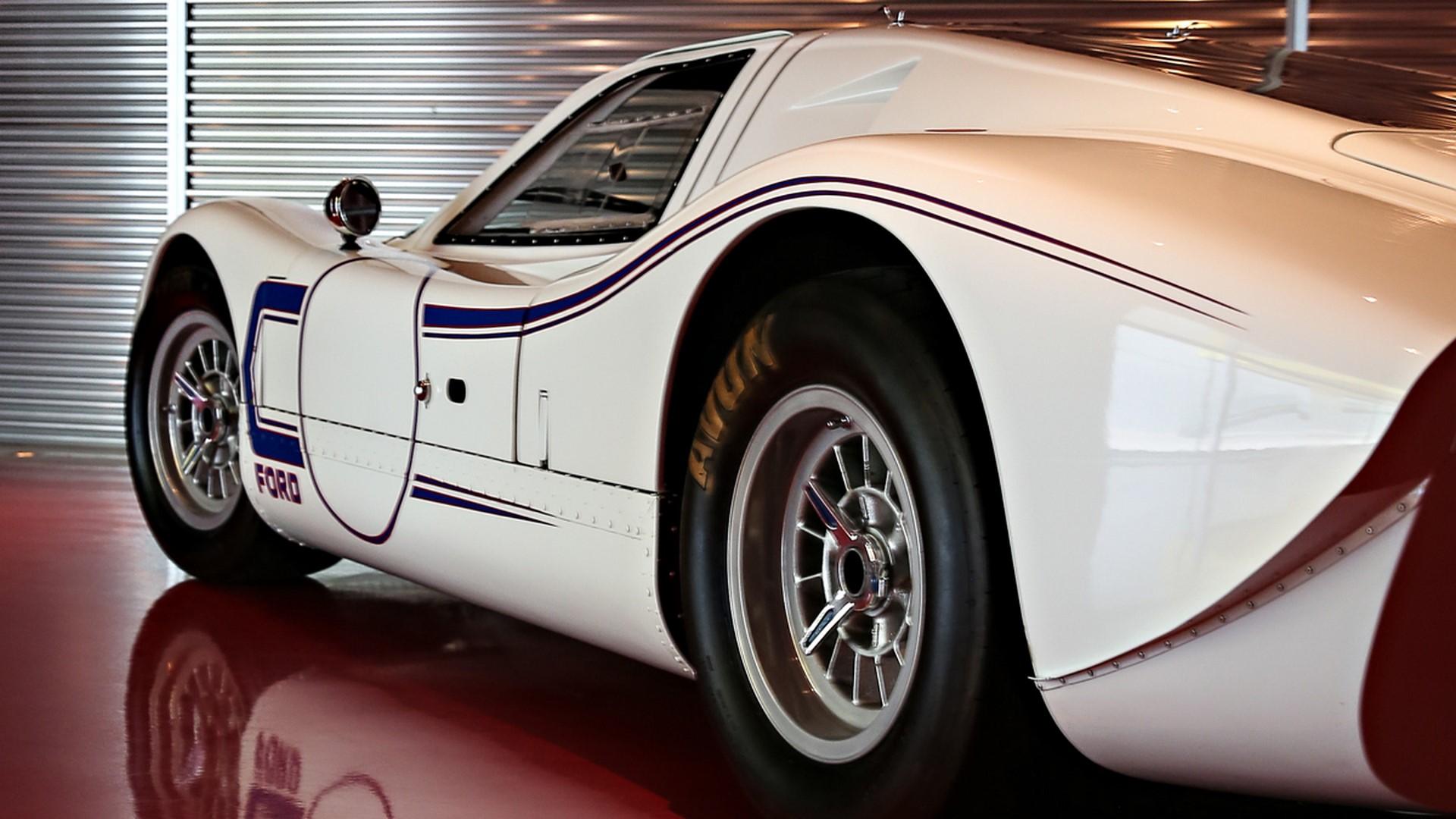 1967-ford-gt40-mk-iv-063-1