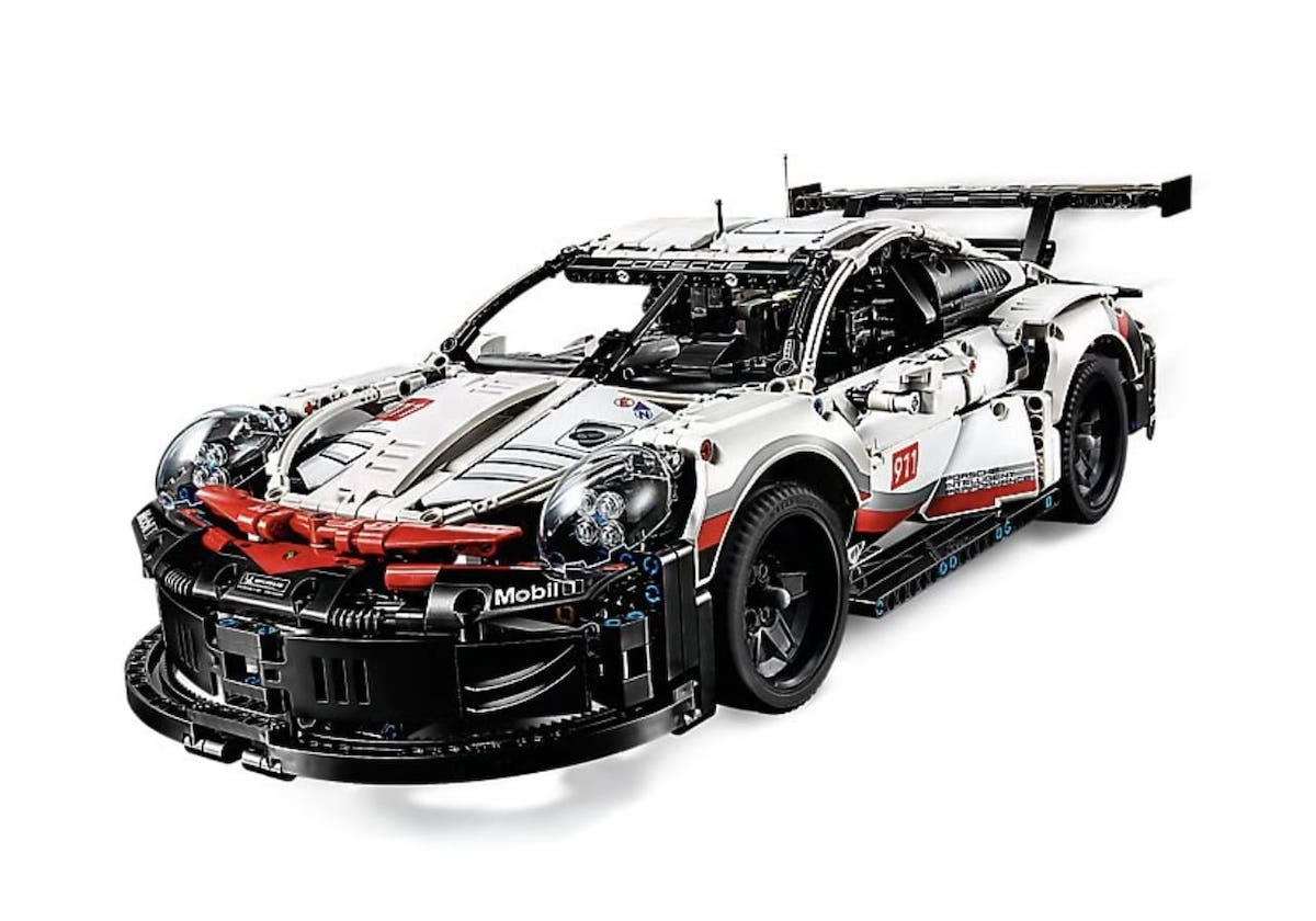Porsche 911 RSR Lego (1)