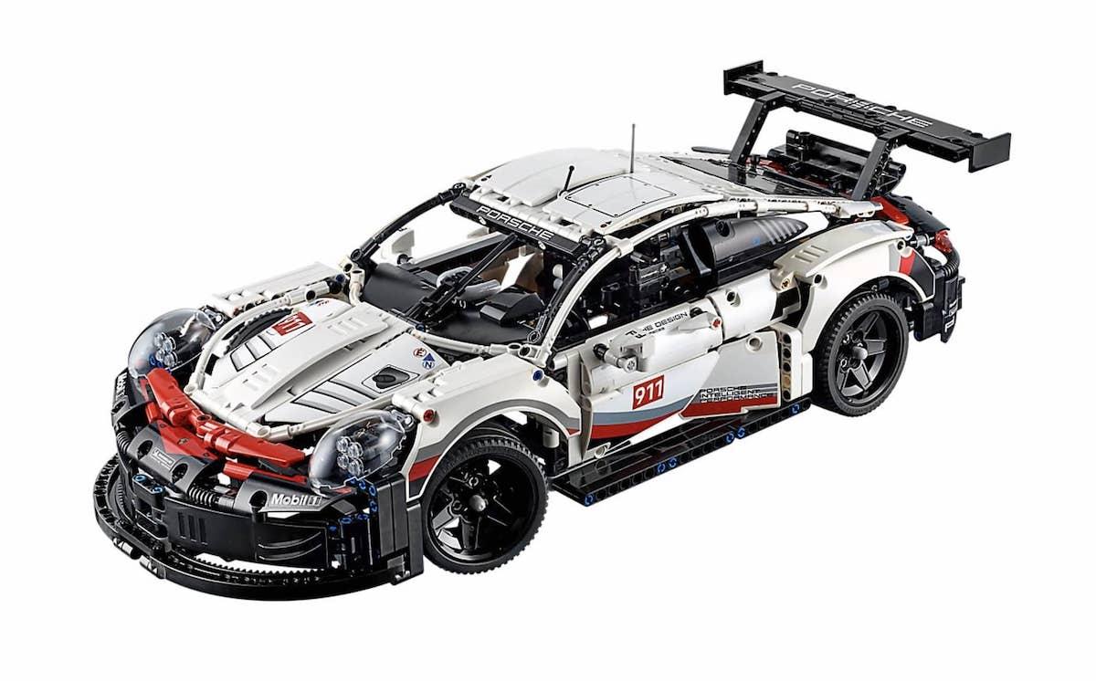 Porsche 911 RSR Lego (2)