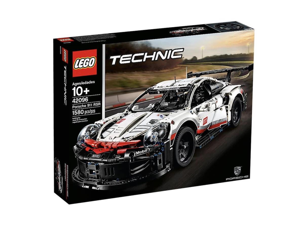 Porsche 911 RSR Lego (3)