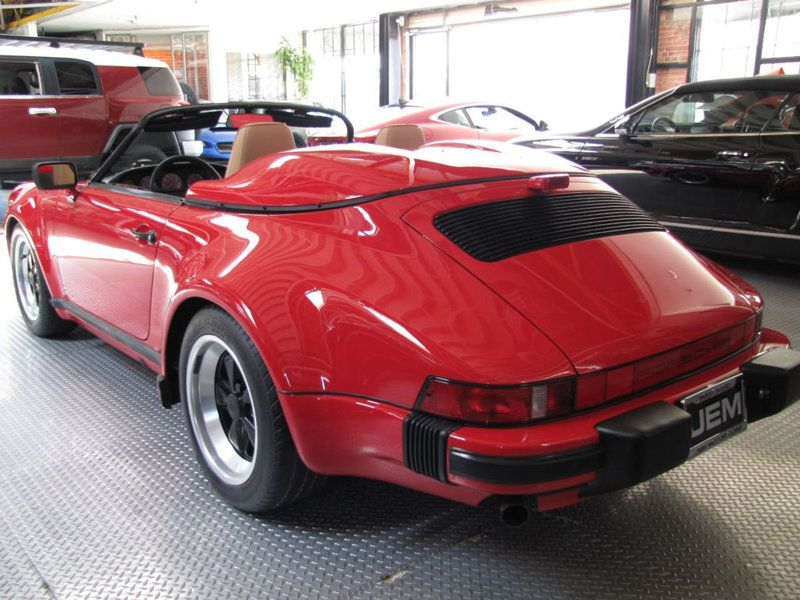 Porsche 911 Speedster for sale (20)