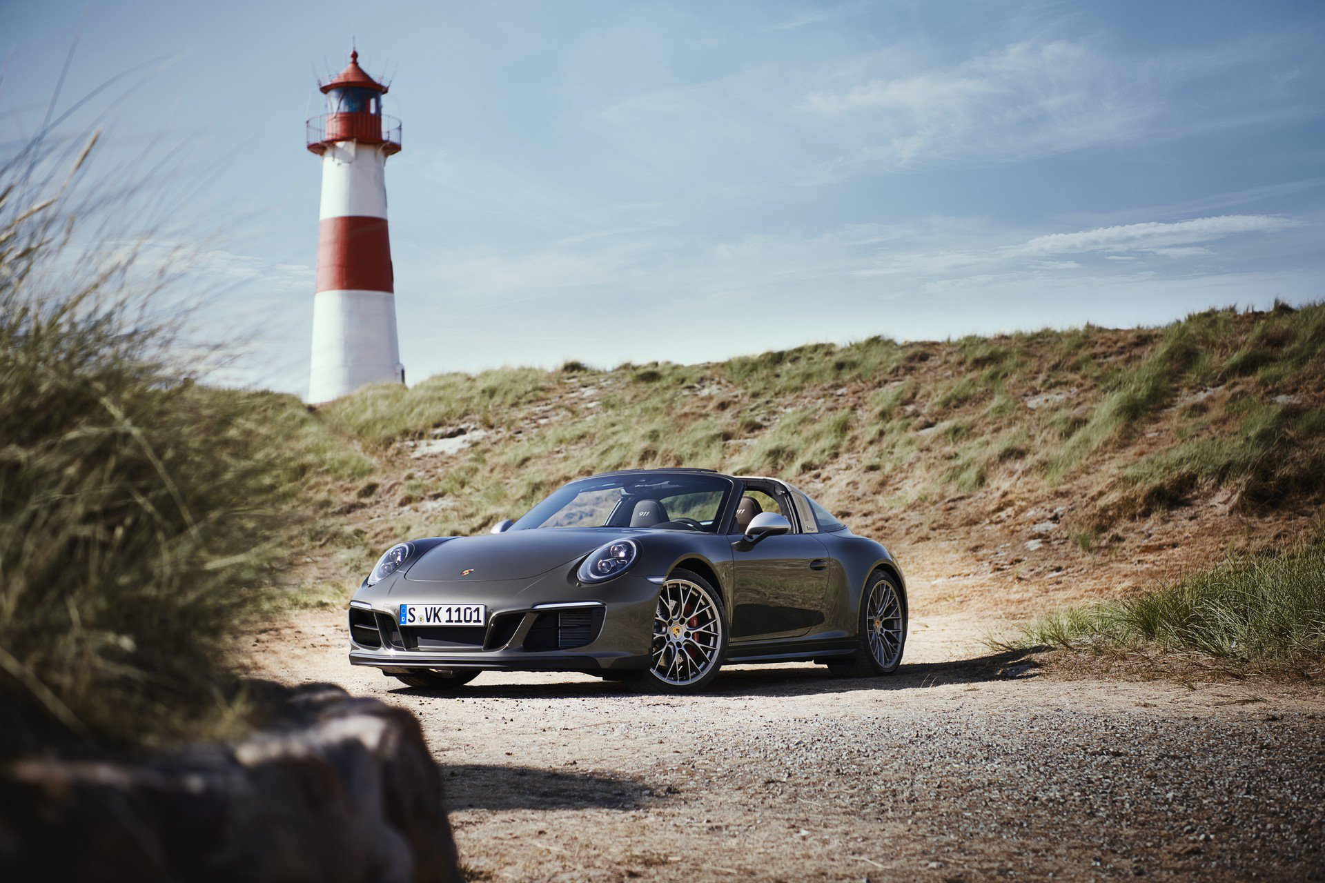 Porsche 911 Targa 4 GTS Exclusive Manufaktur Edition (2)