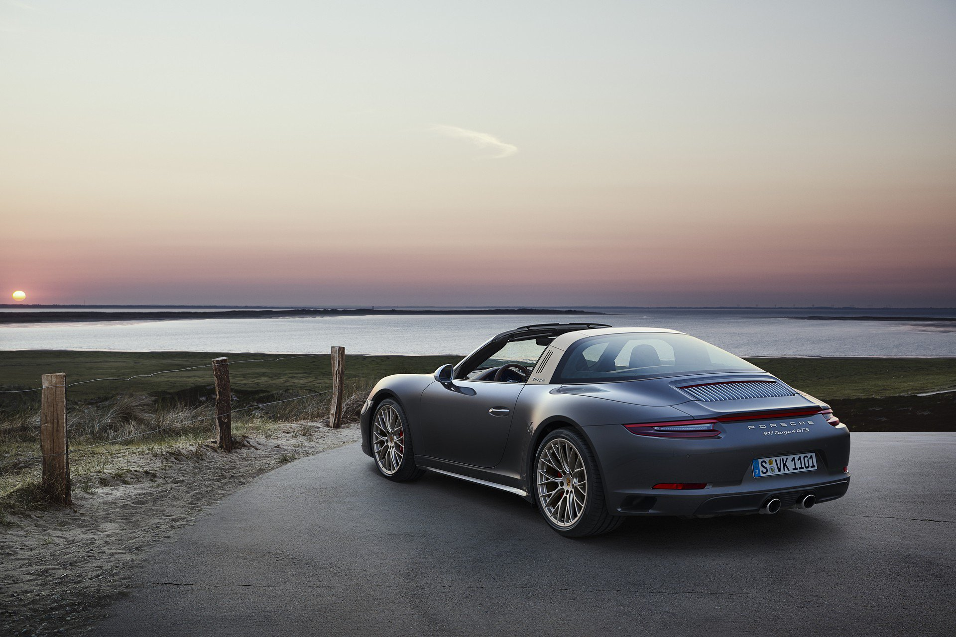 Porsche 911 Targa 4 GTS Exclusive Manufaktur Edition (5)