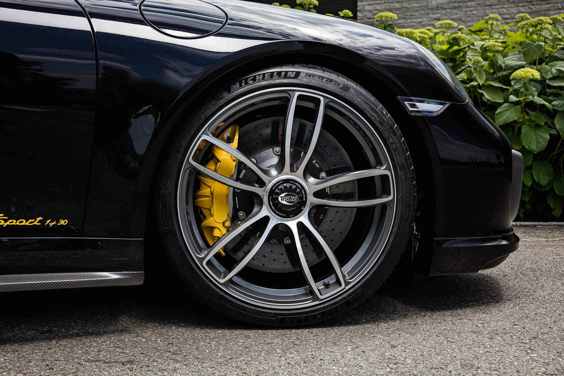 Porsche 911 Turbo S by TechArt (14)