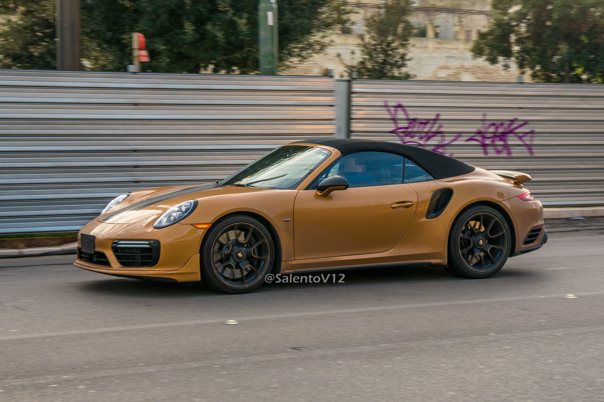 Porsche 911 Turbo S Exclusive Series Cabriolet (5)