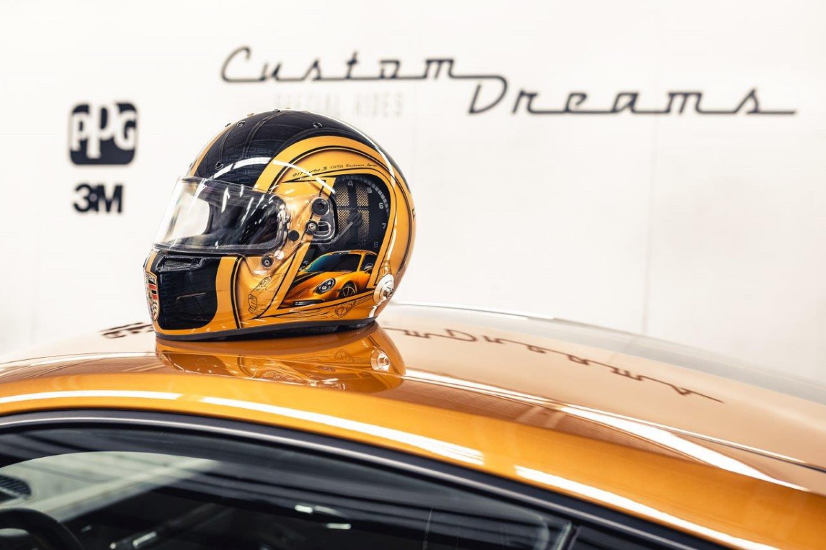 05_porsche-911-exclusive-series-helm-custom-dreams