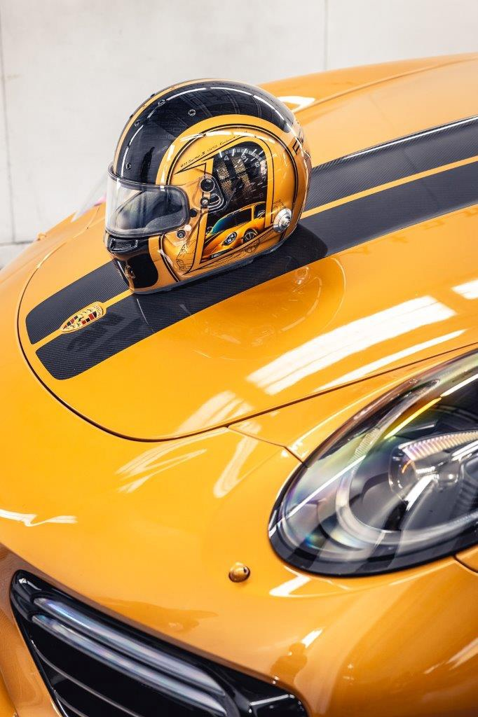 12_porsche-911-exclusive-series-helm-custom-dreams