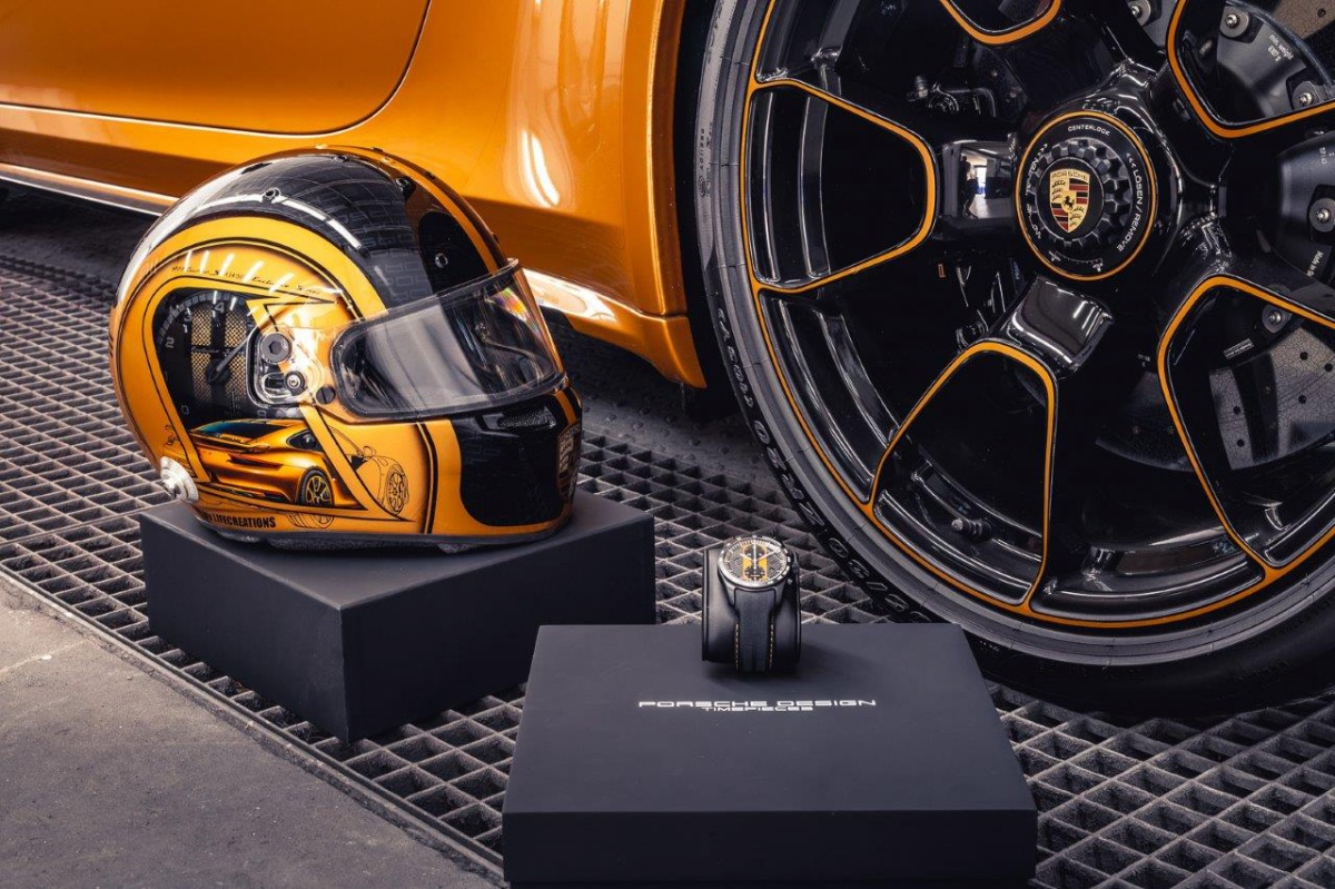 13_porsche-911-exclusive-series-helm-custom-dreams