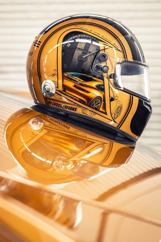 19_porsche-911-exclusive-series-helm-custom-dreams