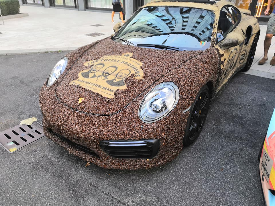 Porsche 911 Turbo S with Coffee Seeds (2)