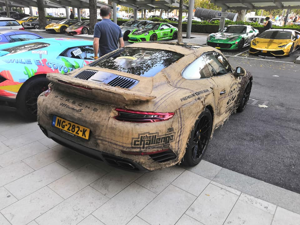 Porsche 911 Turbo S with Coffee Seeds (5)