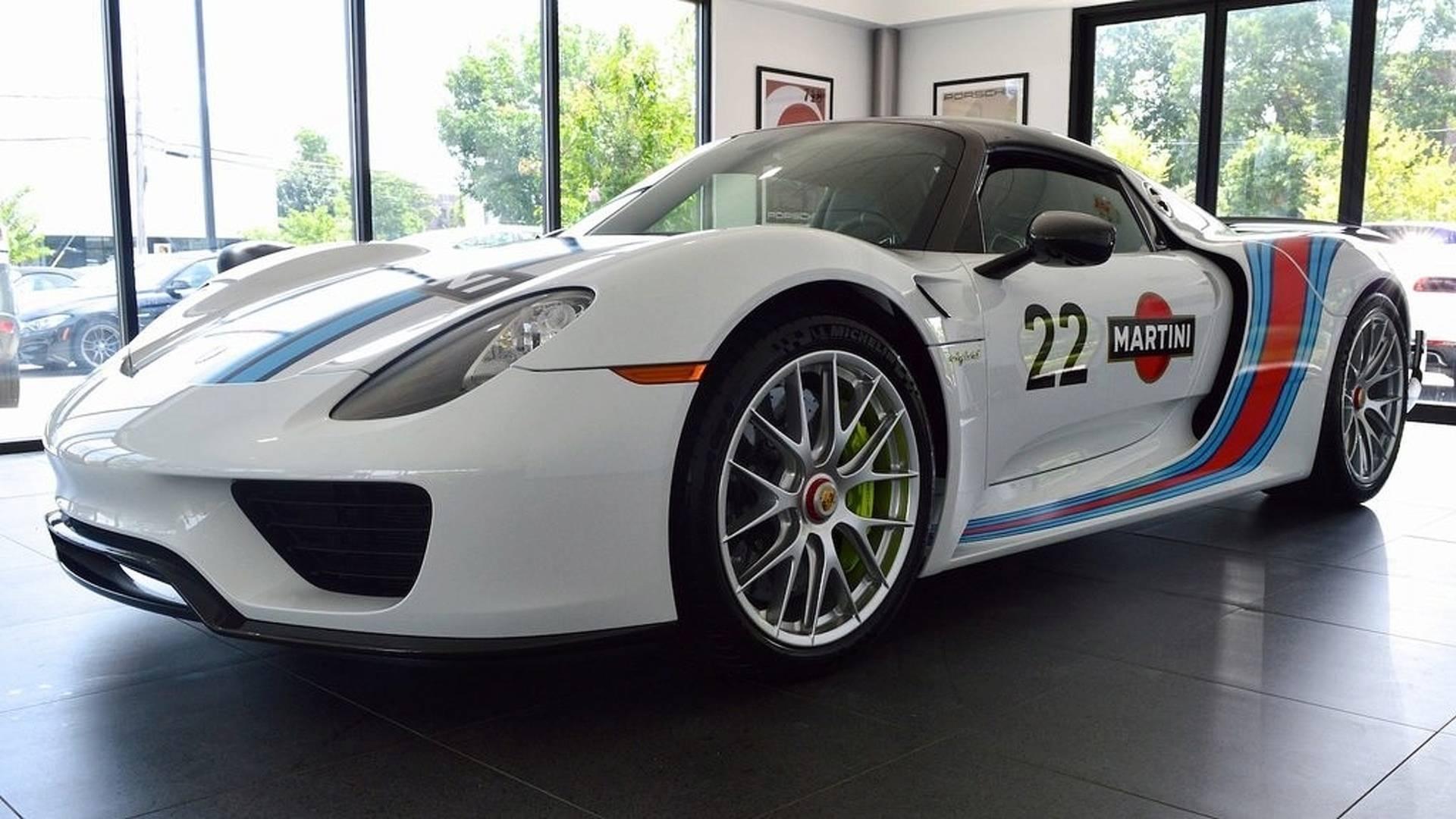 Porsche_918_Spyder_Weissach_For_Sale_0000