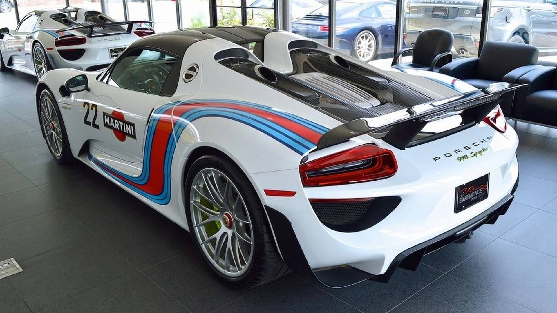 Porsche_918_Spyder_Weissach_For_Sale_0001