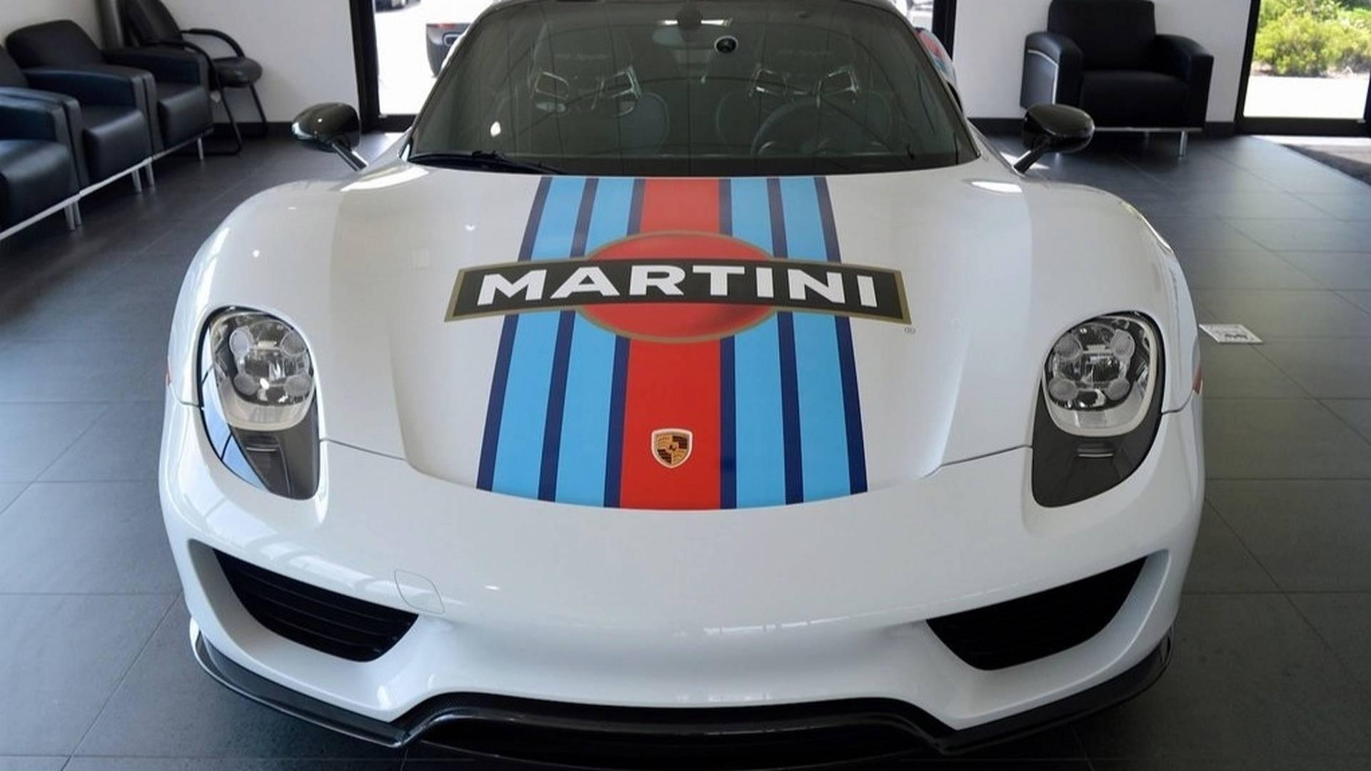 Porsche_918_Spyder_Weissach_For_Sale_0004
