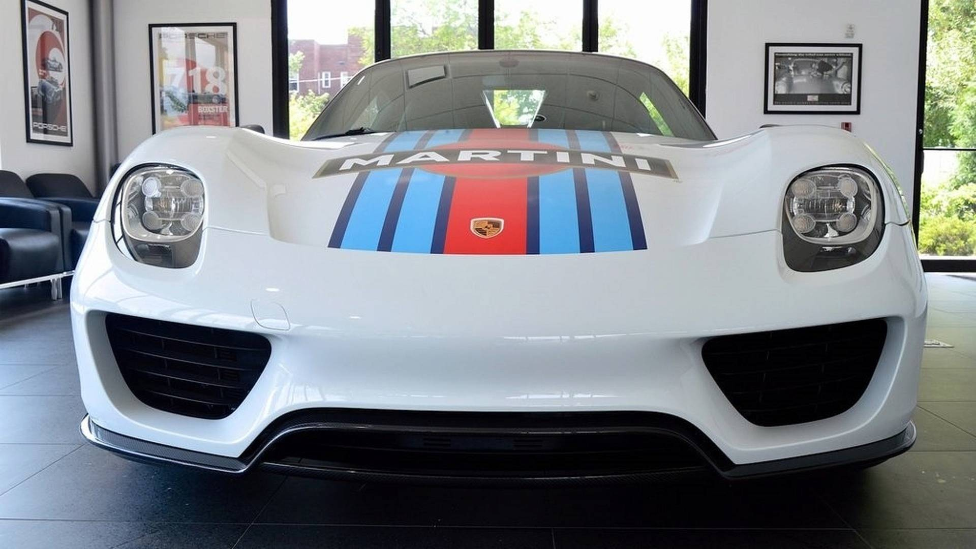 Porsche_918_Spyder_Weissach_For_Sale_0005