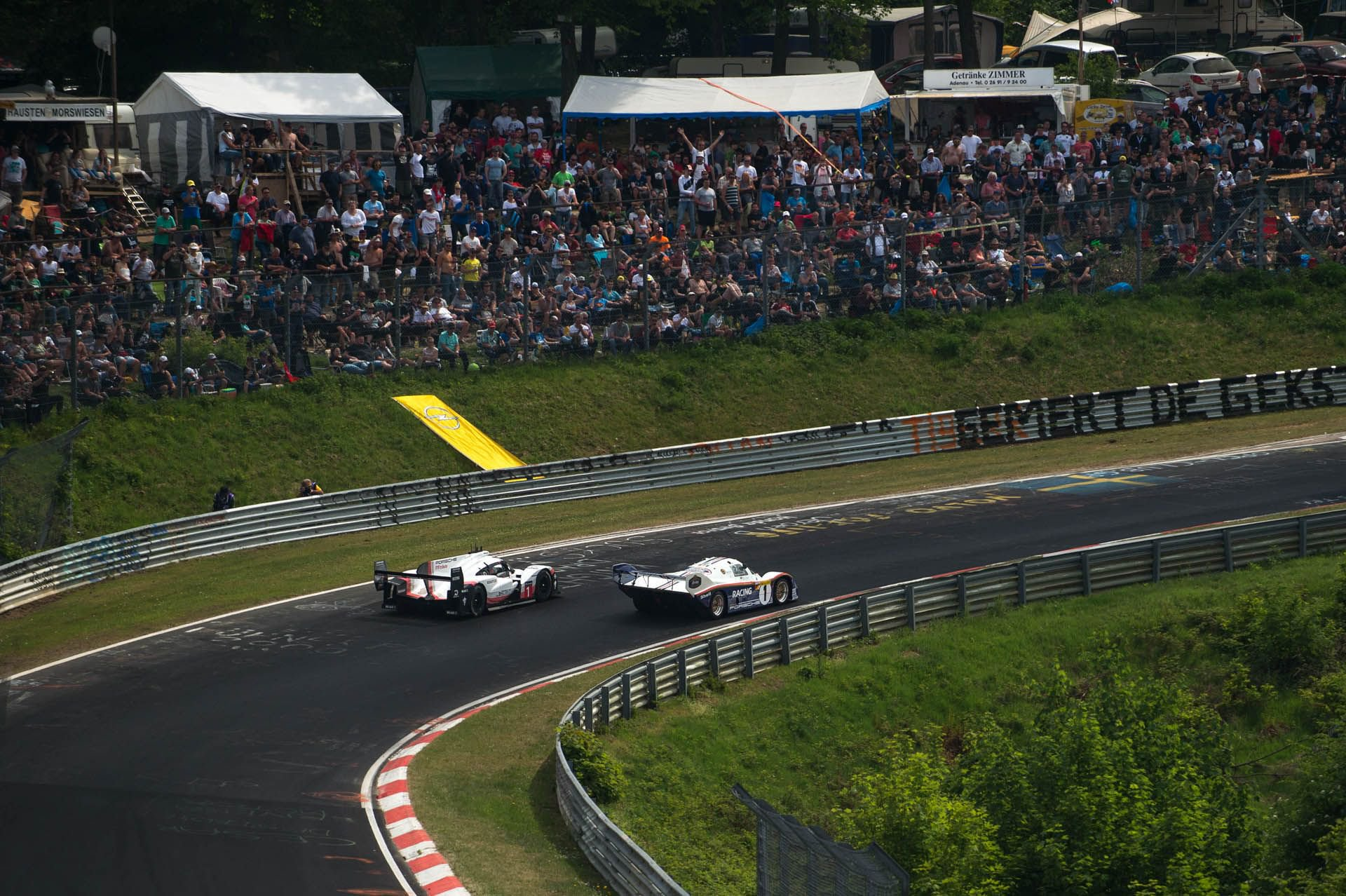 Porsche 919 Hybrid Evo and 956 at Nurburgring (11)