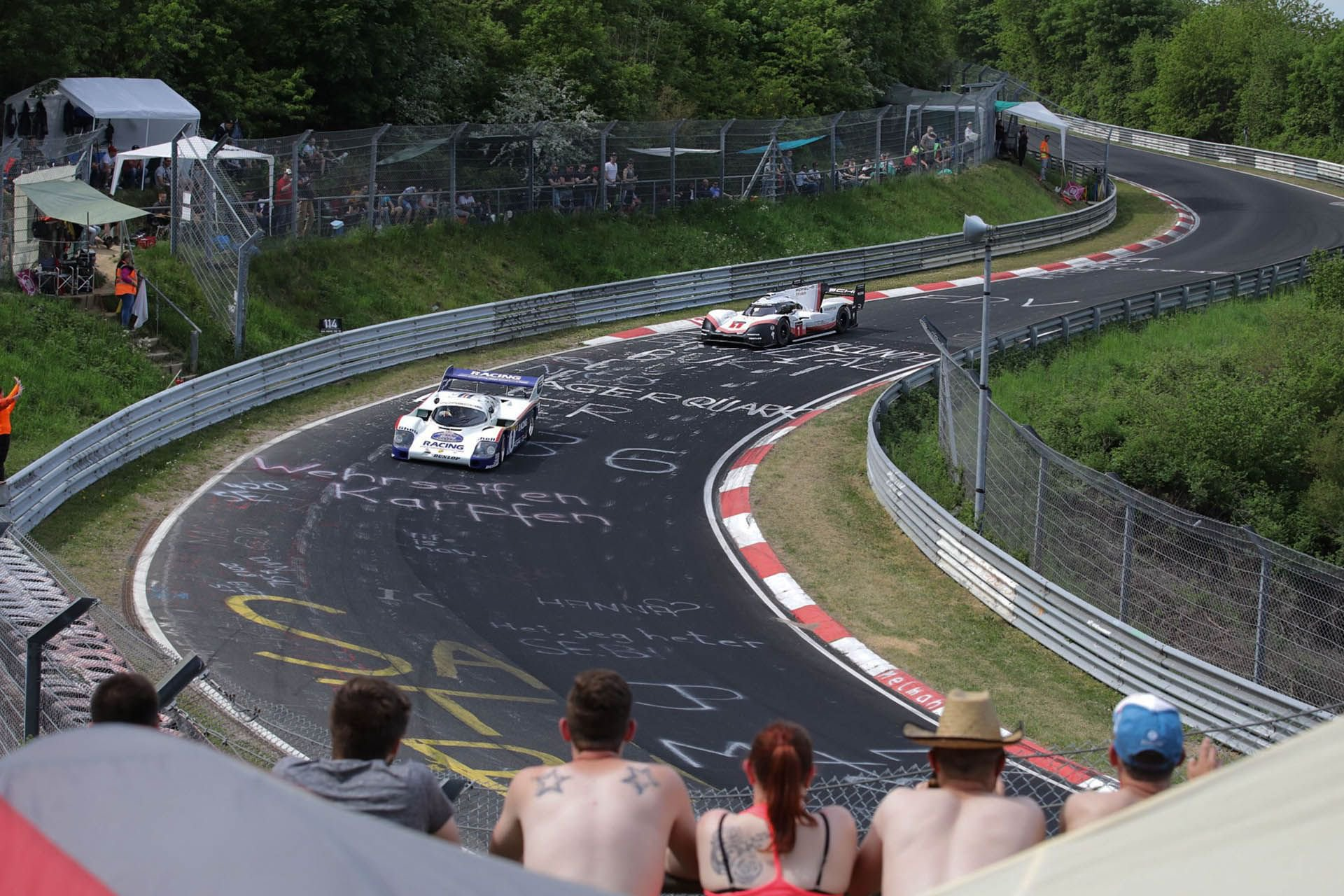 Porsche 919 Hybrid Evo and 956 at Nurburgring (12)