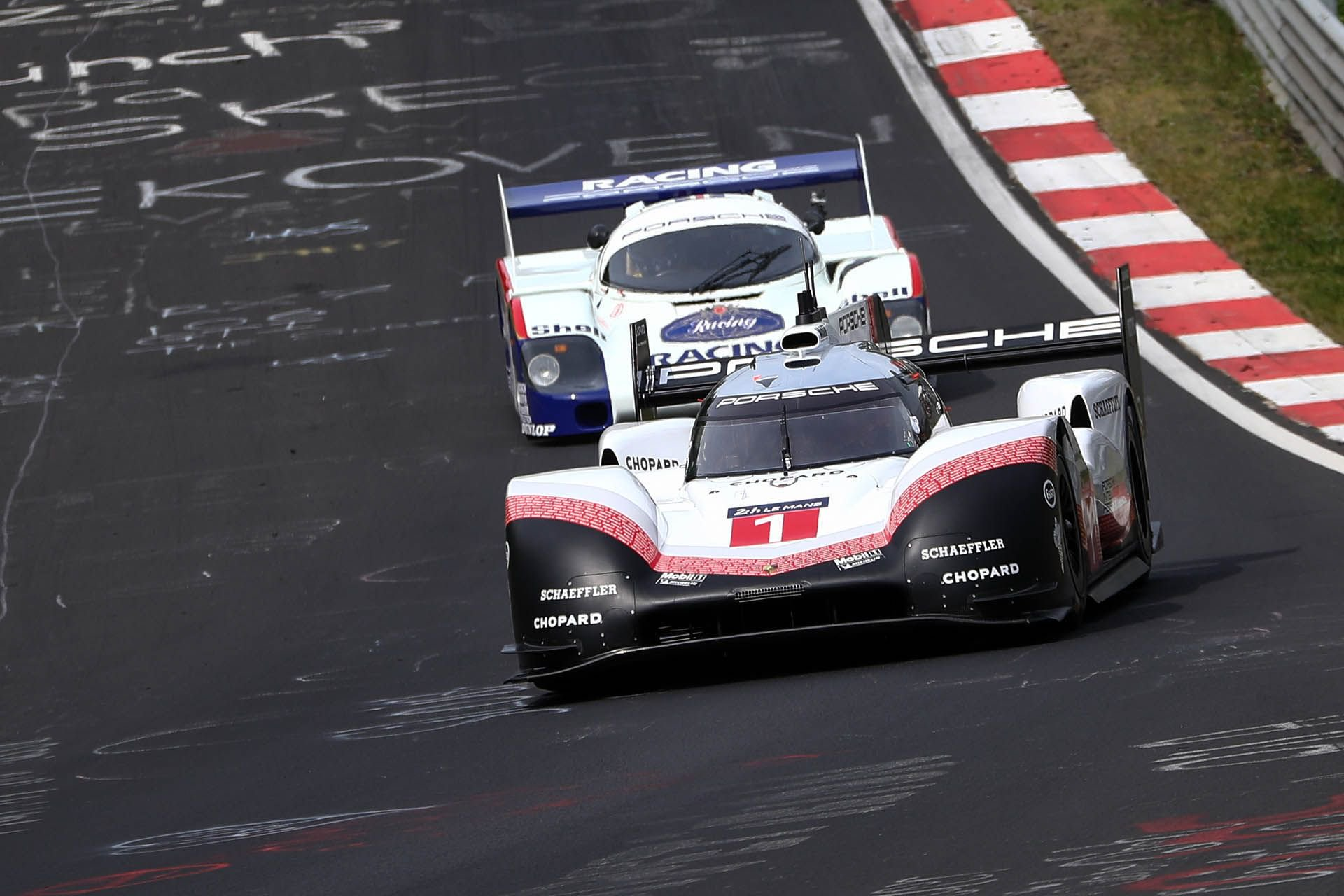 Porsche 919 Hybrid Evo and 956 at Nurburgring (13)