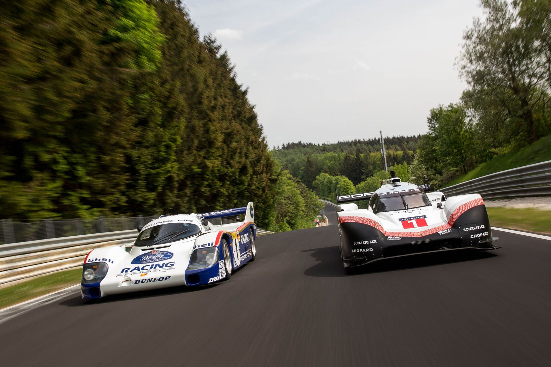 Porsche 919 Hybrid Evo and 956 at Nurburgring (14)