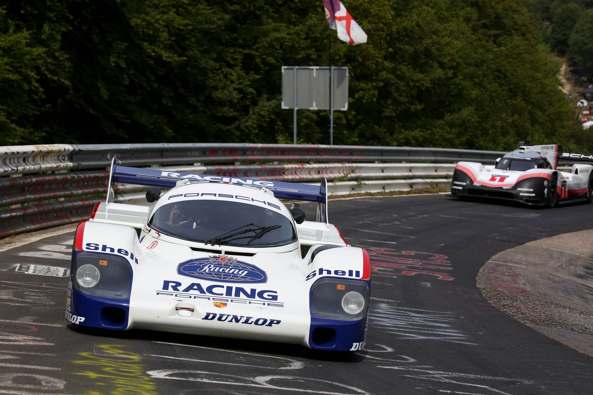 Porsche 919 Hybrid Evo and 956 at Nurburgring (5)
