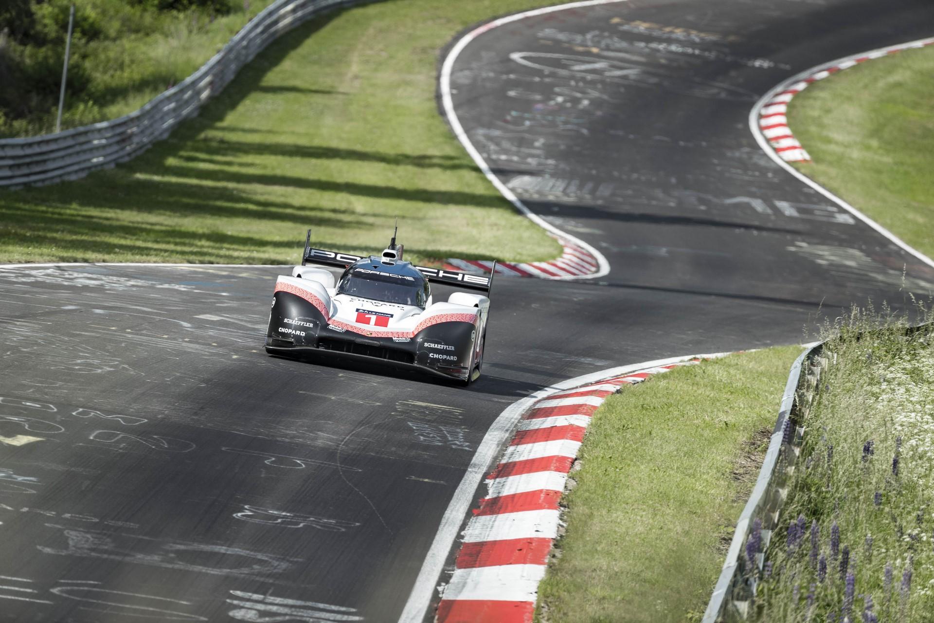 Porsche 919 Hybrid Evo  Nurburgring Nordschleife record (3)