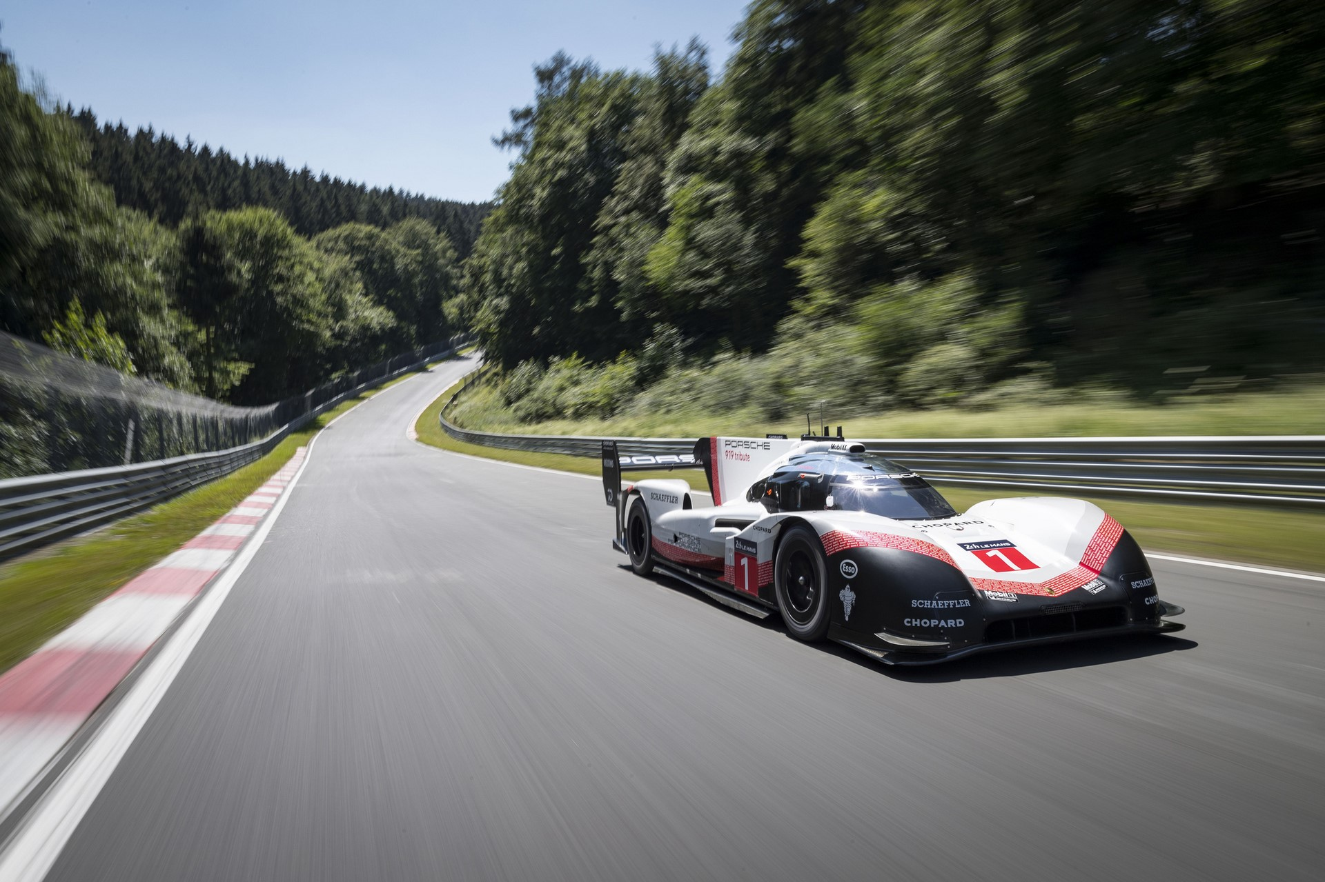 porsche-919-ring-lap-record-004-1