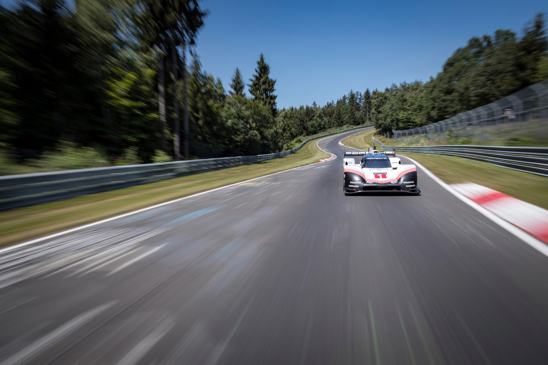 porsche-919-ring-lap-record-007-1