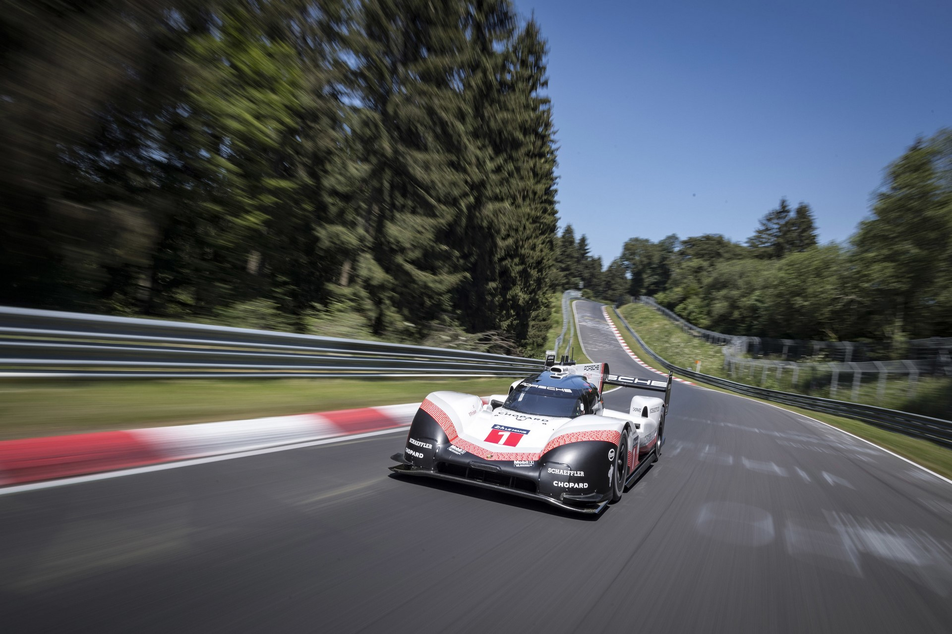 porsche-919-ring-lap-record-008-1