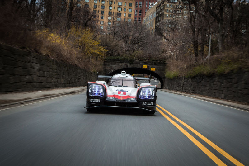Porsche 919 Hybrid in Manhattan (16)
