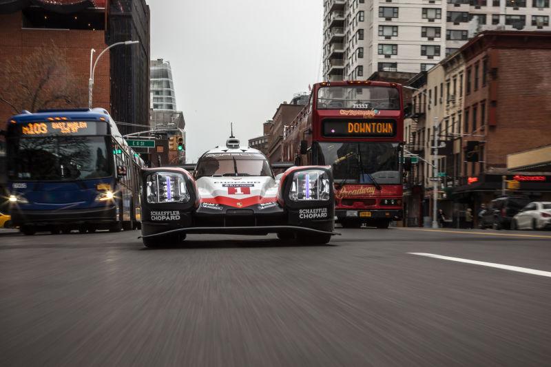 Porsche 919 Hybrid in Manhattan (18)