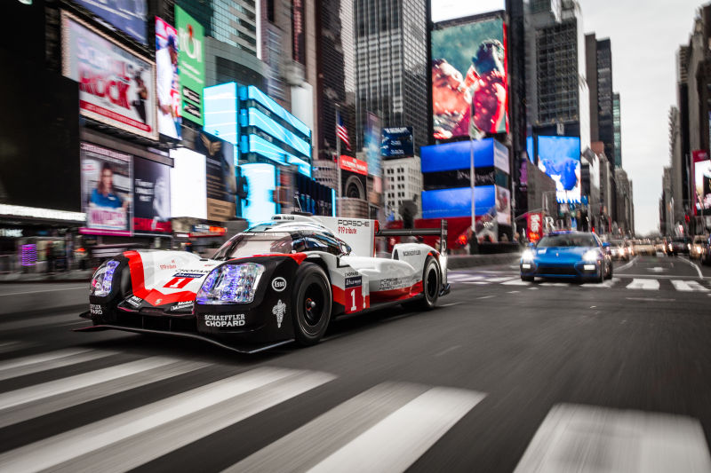Porsche 919 Hybrid in Manhattan (24)