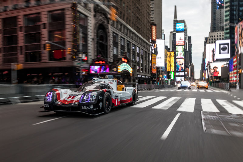 Porsche 919 Hybrid in Manhattan (27)