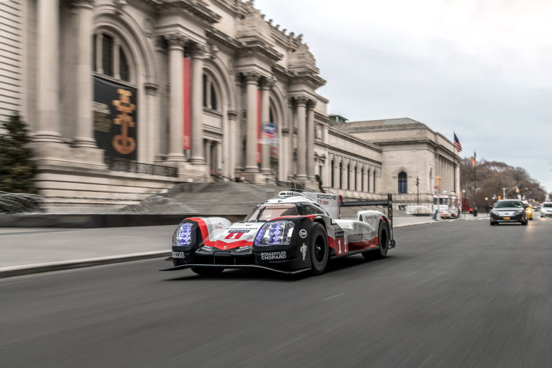 Porsche 919 Hybrid in Manhattan (32)
