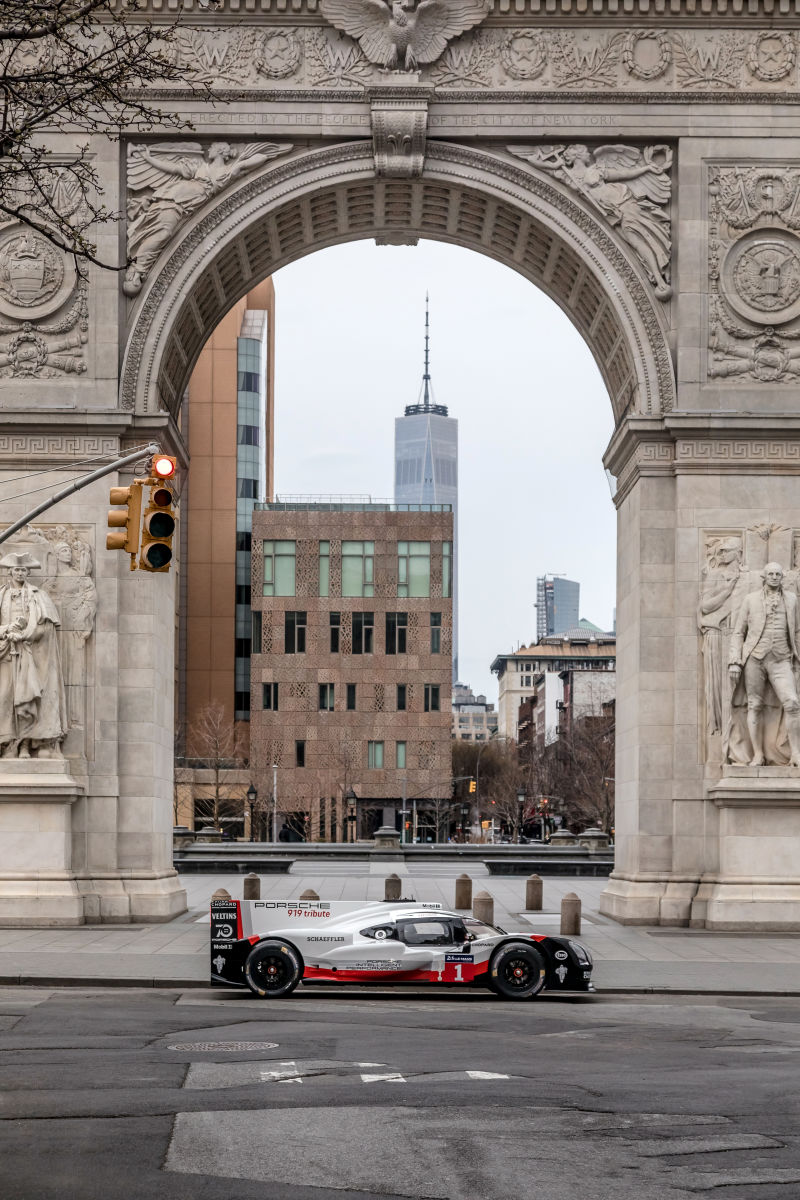 Porsche 919 Hybrid in Manhattan (34)