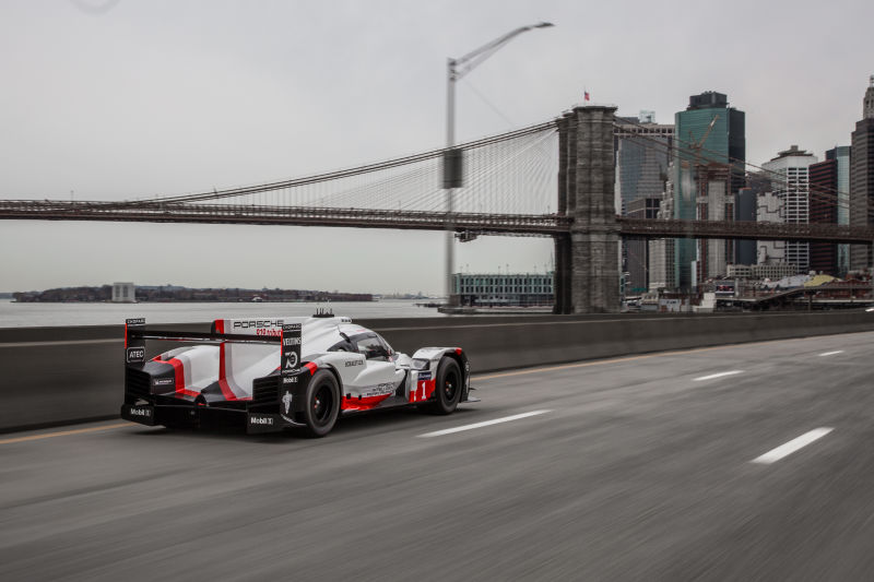 Porsche 919 Hybrid in Manhattan (37)