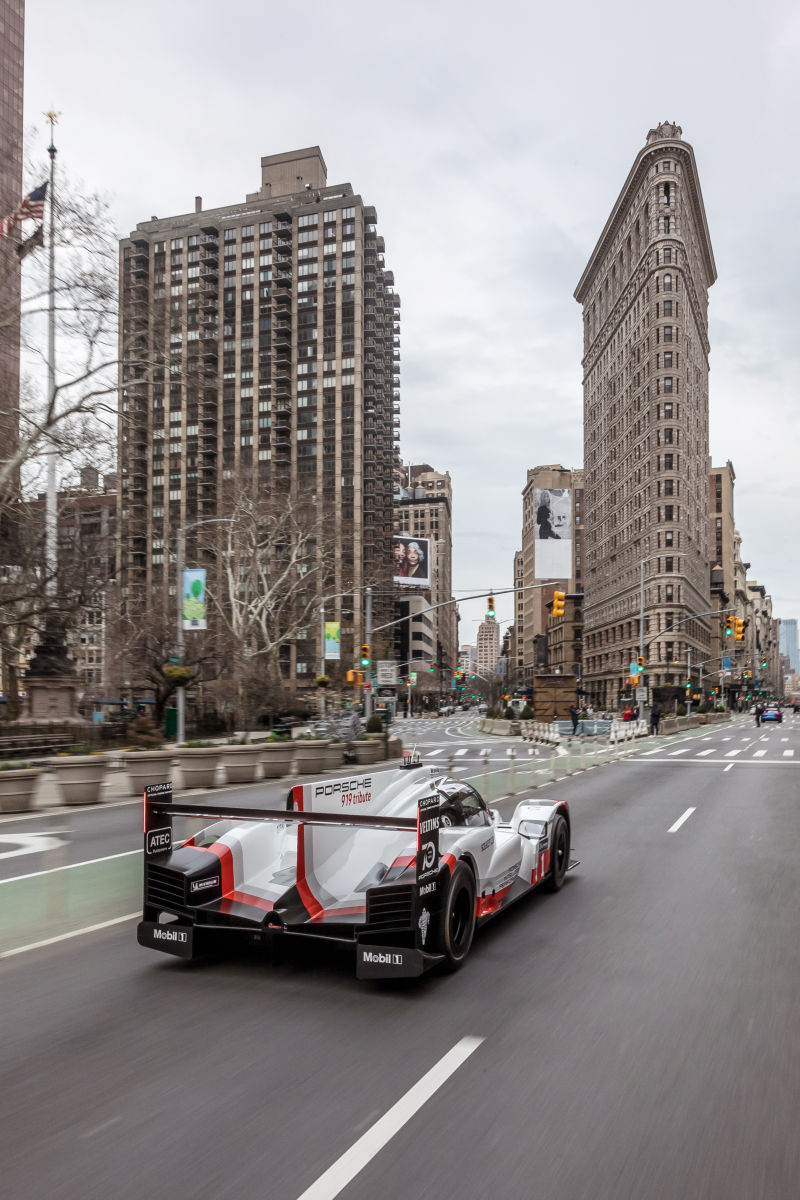 Porsche 919 Hybrid in Manhattan (38)