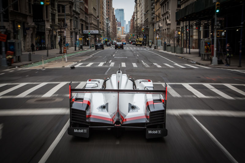 Porsche 919 Hybrid in Manhattan (40)