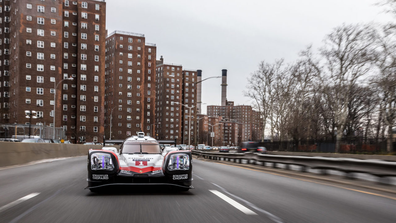 Porsche 919 Hybrid in Manhattan (8)