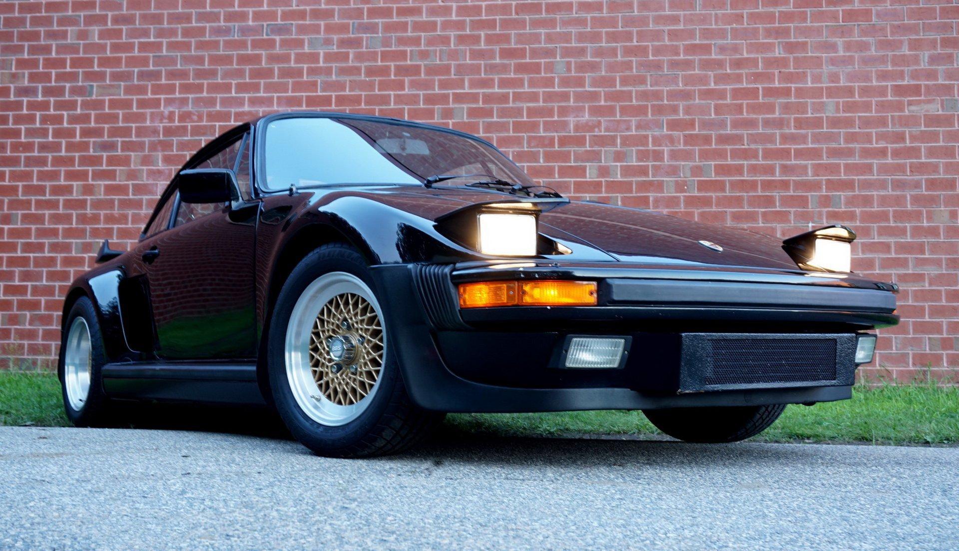Porsche_930_Turbo_Slantnose_0004