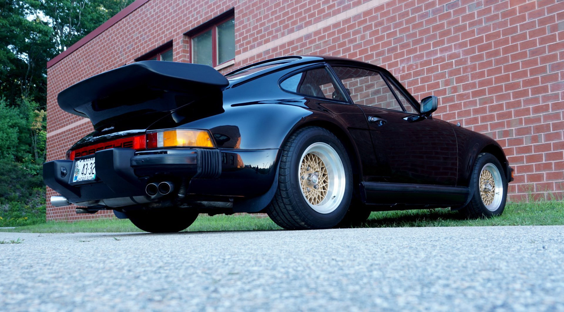 Porsche_930_Turbo_Slantnose_0007